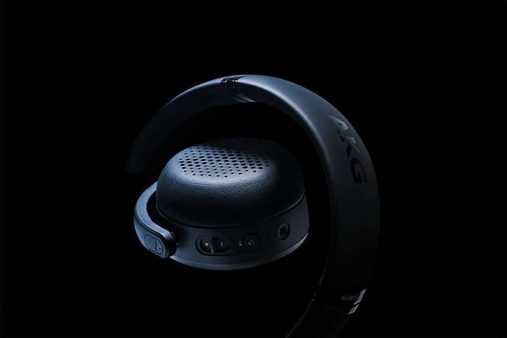 AKG Y500 3