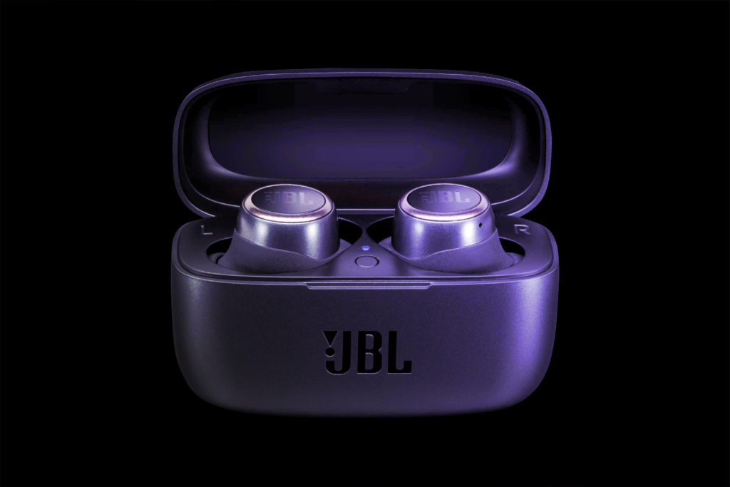 JBL Live 300TWS 3