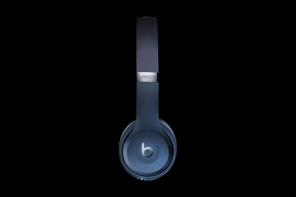 Beats Solo3 wireless headphones 2